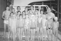 Plavci LOVR s trénermi Záborským a Mikolášom